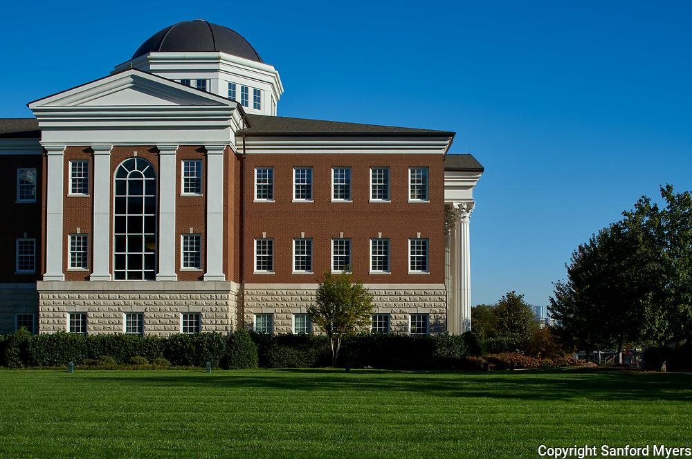 Belmont University photographed by Sanford Myers Photography in Nashville, TN.