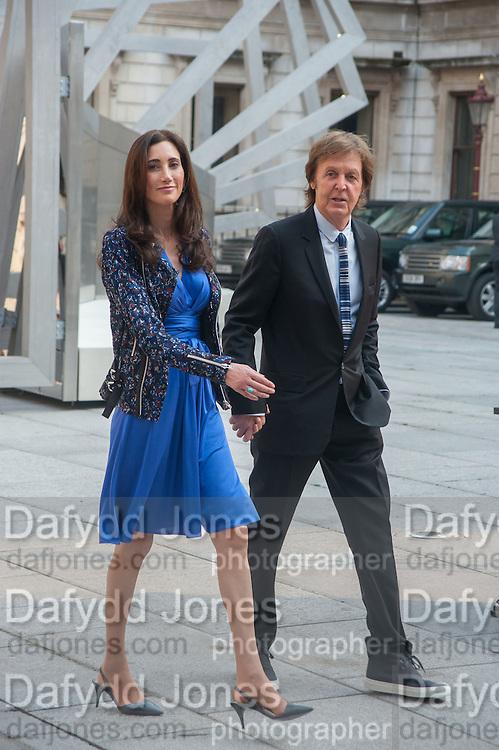 NANCY MCCARTNEY; PAUL MCCARTNEY, Celebration of the Arts. Royal Academy. Piccadilly. London. 23 May 2012.