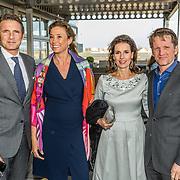 NLD/Katwijk/20170403 - 100ste geboortedag Erik Hazelhoff Roelfzema, Maurits en partner Marilene van den Broek, Pieter Christiaan en partner Anita van Eijk