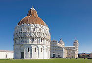 The Duomo and world famous Leaning (bell) Tower in Pisa, Tuscany, Italy.<br /> Picture date: Thursday February 21, 2019.<br /> Photograph by Christopher Ison ©<br /> 07544044177<br /> chris@christopherison.com<br /> www.christopherison.com