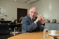 23 FEB 2016, BERLIN/GERMANY:<br /> Wolfgang Schaeuble, CDU, Bundesfinanzminister, waehrend einem Interview, in seinem Buero, Bundesministerium der Finanzen<br /> IMAGE: 20160223-01-018<br /> KEYWORDS: Wolfgang Schäuble