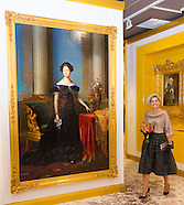 Queen Maxima opened the exhibition Anna Paulown a  colorful Queen,  05-10-2016