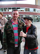 Steve Shave and Anne mcCloy. Tim Noble and Sue Webster opening. Milton Keynes. 3 May 2002. © Copyright Photograph by Dafydd Jones 66 Stockwell Park Rd. London SW9 0DA Tel 020 7733 0108 www.dafjones.com