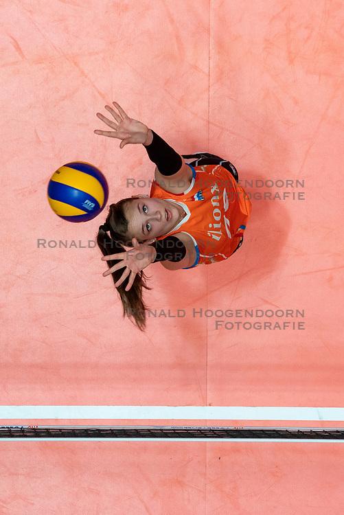 28-05-2019 NED: Volleyball Nations League Netherlands - Brazil, Apeldoorn<br /> <br /> Sarah van Aalen #26 of Netherlands