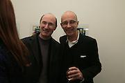 JEREMY LEWISON AND BERNARD FRIZE, BERNARD FRIZE opening. Simon Lee Gallery. Berkeley St. London. 9 October 2007. -DO NOT ARCHIVE-© Copyright Photograph by Dafydd Jones. 248 Clapham Rd. London SW9 0PZ. Tel 0207 820 0771. www.dafjones.com.
