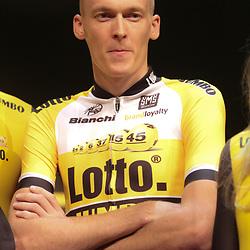 23-10-2014: Wielrennen: Presentatie Lotto ploegen: Utrecht<br /> Robert Gesink in het geel-zwart van team Lotto-Jumbo