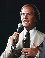 Pat Boone in February 1984<br />Photo by Dennis Brack. bb77