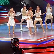 NLD/Hilversum/20061230 - 1e Live uitzending X-Factor 2006, deelnemers X6