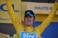 Sykkel<br /> Foto: PhotoNews/Digitalsport<br /> NORWAY ONLY<br /> <br /> LA PLANCHE DES BELLES FILLES - JULY 7:   Bradley Wiggins (GBr) of Sky Procycling Team receives the below jersey at the end of  stage six of the Tour de France from Tomblaine to La Planche des Belles Filles on July 7, 2012 in La Planche des Belles Filles, France