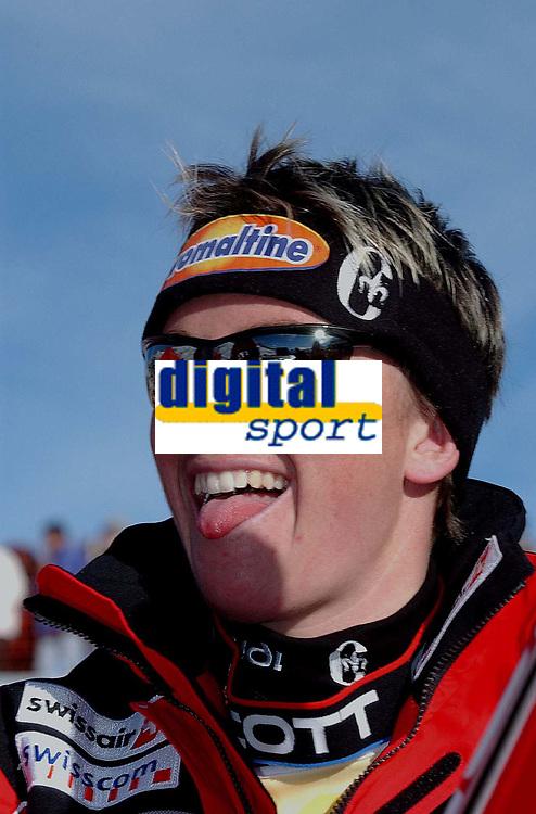 Alpint: Vdresncup WC. 21.12.2001 St.Moritz, Schweiz,<br />Die Schweizerin SYLVIANE BERTHOD nach ihrem Sieg am Freitag (21.12.2001) bei der Ski Alpin Weltcup Abfahrt der Damen im schweizerischen St.Moritz.<br /><br />Foto: Digitalsport