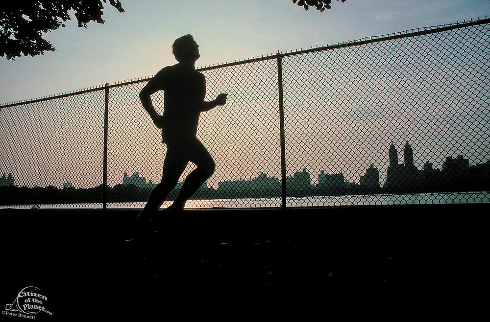 Jogging, Central Park Reservoir, Manhattan, New York