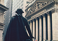 The statue of George Washington at the New York Stock Exchange.Photo by Dennis Brack bb72