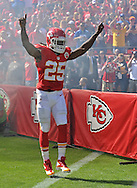 KANSAS CITY, MO - SEPTEMBER 29:  Running back Jamaal Charles #25 of the Kansas City Chiefs is introduced before a game against the New York Giants on September 29, 2013 at Arrowhead Stadium in Kansas City, Missouri.  (Photo by Peter G. Aiken/Getty Images) *** Local Caption *** Jamaal Charles