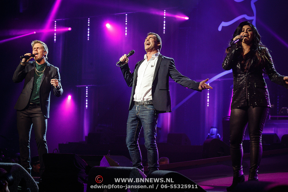NLD/Amsterdam/20160217 - Holland zingt Hazes 2016, Dre Hazes, Jeroen van der Boom en Roxanne Hazes
