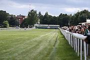 Pferdesport: 148. Deutsches Galopp Derby, Hamburg, 02.07.2014<br /> Rennszene, Start, Strecke, Zielgerade, Startboxen, Zuschauer<br /> © Torsten Helmke