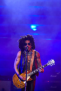 070418 Lenny Kravitz Performs at WiZink Center in Madrid