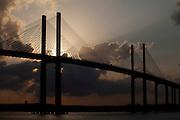 Natal_RN, Brasil...A Ponte de Todos - Newton Navarro (tambem conhecida como Ponte Forte-Redinha)  que faz a travessia sobre o Rio Pontengi, ligando a cidade ao litoral Norte...The Newton Navarro Bridge. It connects North Zone and the cities of the north coast to the South Zone and other regions of the city crossing Potengi River...Foto: LEO DRUMOND / NITRO