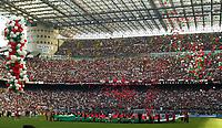 Milano, 16/05/2004<br />Campionato Italiano Serie A 2003/2004 <br />Milan -  Brescia 4-2<br />La squadra del Milan e i suoi tifosi festeggiano lo scudetto.<br />Milan Team and Fans celebrate Italian Championship victory. <br />Photo Graffiti