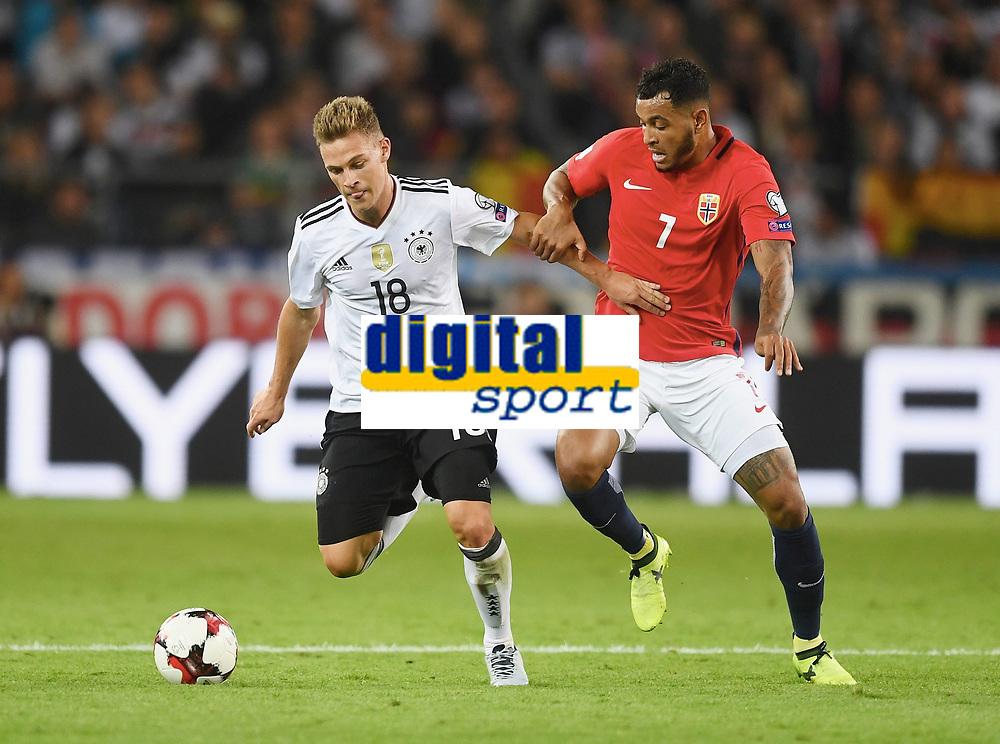 v.l. Joshua Kimmich (Deutschland), Joshua King<br /> Stuttgart, 04.09.2017, Fussball, WM-Qualifikation,<br /> Tyskland - Norge <br /> <br /> Norway only