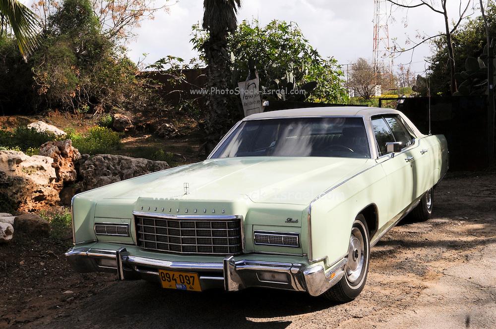 Lincoln Continental 1967 4 door sedan