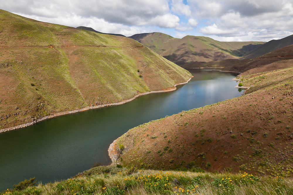 Springtime on Brownlee Reservoir on the Snake River is the entrance to Hells Canyon on the Idaho Oregon Border near Farewell Bend in Oregon. Licensing and Open Edition Prints