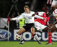 Fotball, 29. September 2004, Champions League Rosenborg V Arsenal 1-1 ,  Lauren , Arsenal og Øyvind Storflor, Rosenborg
