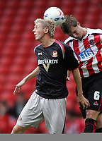 Fotball<br /> England 2005/2006<br /> Foto: imago/Digitalsport<br /> NORWAY ONLY<br /> <br /> 30.07.2005<br /> <br /> Jonathan Stead (Sunderland, li.) gegen Phil Jagielka (Sheffield United)