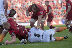 September 1, 2018 - Limerick, Ireland - John Ryan of Munster fights for the ball with Luan de Bruin of Cheetahs during the Guinness PRO14 rugby match between Munster Rugby and Toyota Cheetahs at Thomond Park Stadium in Limerick, Ireland on September 1, 2018  (Credit Image: © Andrew Surma/NurPhoto/ZUMA Press)