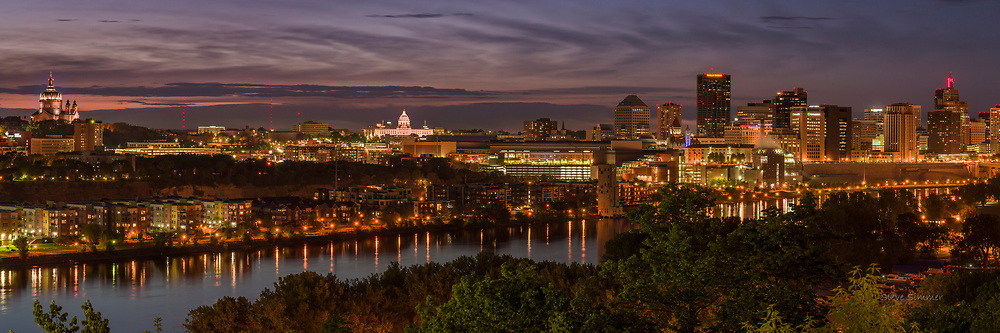 A St. Paul skyline 3:1 panorama from the high end of the High Bridge on Smith Avenue.