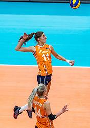 20-10-2018 JPN: Final World Championship Volleyball Women day 18, Yokohama<br /> China - Netherlands 3-0 / Anne Buijs #11 of Netherlands, Laura Dijkema #14 of Netherlands