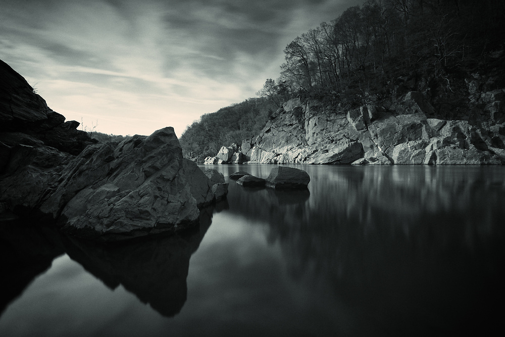 THe Potomac River, Downstream of Great Falls and Mather Gorge. From the Maryland shore.2gg