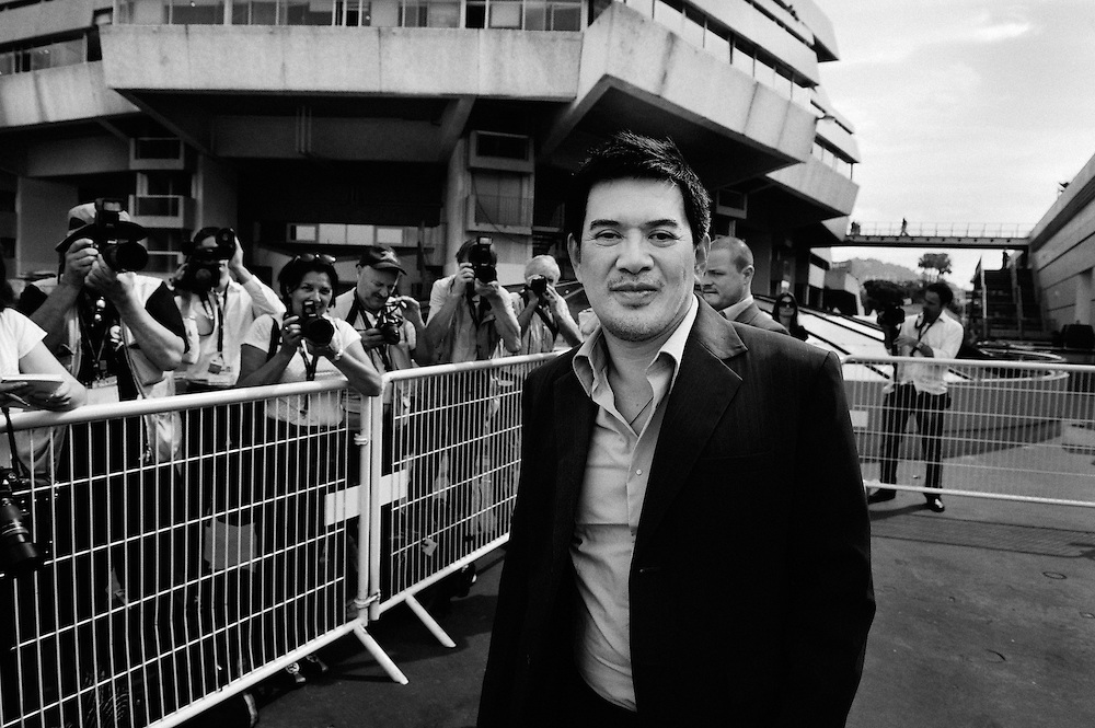 Kinatay's director Brillante Mendoza arriving the photocall. Official screening day at the 62th Cannes Film Festival. France. 17 May 2009. Photo: Antoine Doyen