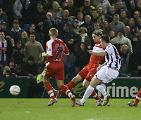 Photo: Mark Stephenson.<br /> West Bromwich Albion v Middlesbrough. The FA Cup. 27/02/2007.West Brom's Darren Carter scores  in the first half