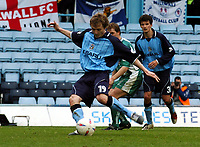 Fotball<br /> Picture: Henry Browne, Digitalsport.<br /> Norway Only<br /> <br /> Date: 10/04/2004.<br /> Coventry City v Millwall Nationwide Division One.<br /> <br /> Gary McSheffrey scores Cov's fourth goal from the spot.