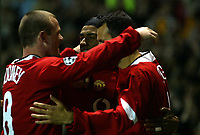 MANCHESTER UNITED V FENERBACHE SK   CHAMPIONS LEAGUE 28/09/04<br /> RYAN GIGGS (MACNHESTER UNITED) CELEBRATES OPENING GOAL WITH JOSE KLEBERSON AND WAYNE ROONEY<br /> PHOTO MARTYN HARRISON/ Digitalsport