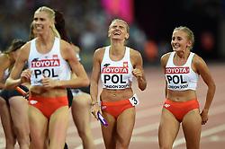 The Poland team celebrate a bronze medal finish - Mandatory byline: Patrick Khachfe/JMP - 07966 386802 - 13/08/2017 - ATHLETICS - London Stadium - London, England - Women's 4x400m Metres Relay Final - IAAF World Championships