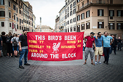 May 2, 2018 - Rome, Italy, Italy - Liverpool fans sing slogans in the Piazza di Spagna neighborhood hours before a Champions League semifinal second leg soccer match between Liverpool and AS Roma, scheduled at the Olympic stadium, in Rome, Wednesday, May 2, 2018,on May 2, 2018 in Rome, Italy. (Credit Image: © Andrea Ronchini/NurPhoto via ZUMA Press)