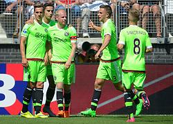 09-08-2015 NED: AZ - Ajax, Alkmaar<br /> Ajax verslaat AZ vrij eenvoudig met 3-0 / Anwar El Ghazi #21 scoort de 2-0, Arkadiusz Milik #9, Davy Klaassen #10, Joël Veltman #3