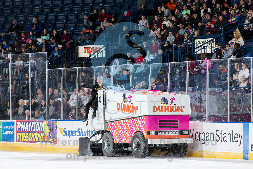 The Youngstown Phantoms lose 5-4 in overtime to the Chicago Steel at the Covelli Centre on February 26, 2020.<br /> <br /> Zamboni