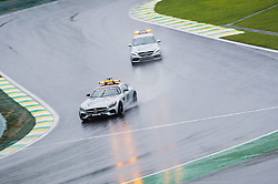 November 13, 2016 - Carros da organização desfilam durante o Grande Prêmio do Brasil de Fórmula 1 2016 realizado no Autódromo de Interlagos neste domingo. (Credit Image: © Victor EleutéRio/Fotoarena via ZUMA Press)