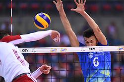 Michal Kubiak of Poland and Mitja Gasparini of Slovenia during the CEV Volleyball European Championship game Poland - Slovenia on August 30, 2017 in Krakow, Poland. (Photo by Krzysztof Porebski / Press Focus)