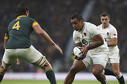 November 12, 2016 - London, England, United Kingdom - Mako Vunipola of England charges at Eben Etzebeth of South Africa during Old Mutual Wealth Series between England  and South Africa played at Twickenham Stadium, London, November 12th  2016  (Credit Image: © Kieran Galvin/NurPhoto via ZUMA Press)