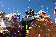 Chucuito is on Collasuyo forty minutes by road from Puno going towards the border of Desaguadero, traversed longitudinally by Collasuyo ignored by tourism it's home to a feast of the Ascension (15 August) by the pre-Inca traits, as in all the festivities of the Aymara area makes extensive use of confetti and give uns aluto personal use to the family organizer of the festival