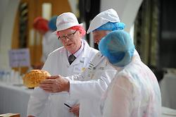 Scottish Bakery Awards_Dunfermline Blcc_17-04-2019<br /> <br /> Judging the bread<br /> <br /> (c) David Wardle   Edinburgh Elite media