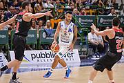 DESCRIZIONE : Trofeo Meridiana Dinamo Banco di Sardegna Sassari - Olimpiacos Piraeus Pireo<br /> GIOCATORE : Brian Sacchetti<br /> CATEGORIA : Palleggio<br /> SQUADRA : Dinamo Banco di Sardegna Sassari<br /> EVENTO : Trofeo Meridiana <br /> GARA : Dinamo Banco di Sardegna Sassari - Olimpiacos Piraeus Pireo Trofeo Meridiana<br /> DATA : 16/09/2015<br /> SPORT : Pallacanestro <br /> AUTORE : Agenzia Ciamillo-Castoria/L.Canu