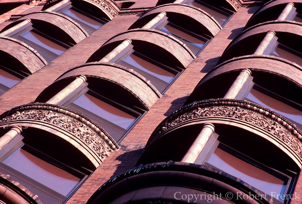 CHICAGO, HISTORIC ARCH. Manhattan Building, 1890 W. L. Jenny, Architect 431 S. Dearborn in 'Loop'