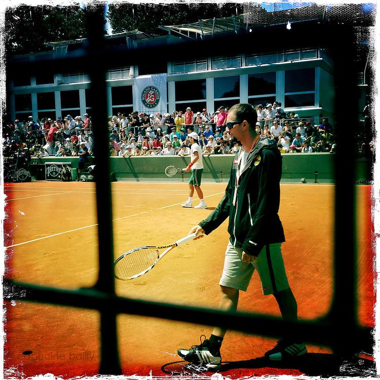 Roland Garros. Paris, France. May 27th 2012.Serbian player Novak Djokovic at training session..Le joueur Serbe Novak Djokovic a l'entrainement.