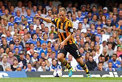 Hull City's David Meyler takes a shot at goal  - Photo mandatory by-line: Mitchell Gunn/JMP - Tel: Mobile: 07966 386802 18/08/2013 - SPORT - FOOTBALL - Stamford Bridge - London -  Chelsea v Hull City - Barclays Premier League