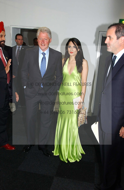Former ISA President BILL CLINTON and RENU MEHTA founder of Fortune Forum at the Fortune Forum Dinner held at Old Billingsgate, 1 Old Billingsgate Walk, 16 Lower Thames Street, London EC3R 6DX<br /><br />NON EXCLUSIVE - WORLD RIGHTS
