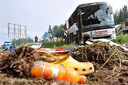16.05.2011, Autobahn A2, Ljubljana, SLO, Mindestens fünfzehn Jugendliche wurden am Montag morgen schwer verletzt, als ein Deutscher Bus aus  Lichtenfels ( Bayern) auf der Autobahn A2 zwischen Kranj und Ljubljana  sich  überschlug // At least fifteen teenagers were injured as a German bus from Lichtenfels (Bayern) swerved off road and overturned on the A2 motorway between Kranj and Ljubljana on Monday morning Foto ©  nph / PIXSELL       ****** out of GER / SWE / CRO  / BEL ******